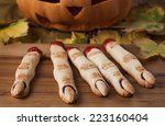 Halloween Finger Cookies On Th...