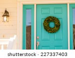 Green Wreath Decorating Front...