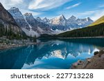 Moraine Lake with in the valley of ten peaks, Banff national park, Canada