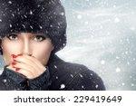 Winter Beauty Fashion. Lovely...