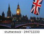 London Skyline  Westminster...