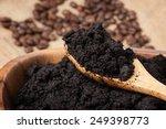 Closeup Detail Of Coffee Groun...