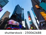 Times Square Manhattan New Yor...