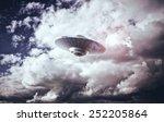 ufo | Shutterstock . vector #252205864