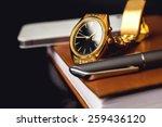 Men\'s Accessory  Golden Watch ...