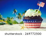 Patriotic Holiday Cupcake With...