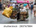Guilin  China   May 02  2015  ...