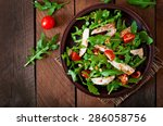 Fresh salad with chicken breast ...
