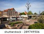 Poland, Bydgoszcz, Old Granaries and promenade along Brda River