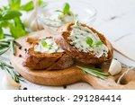 Garlic Bread   Baguette Slices...