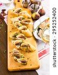 fig bruschetta with organic... | Shutterstock . vector #295252400
