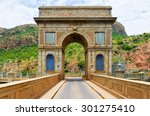 Hartbeespoort Dam Arch In...