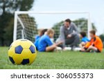 coach  and team discussing...   Shutterstock . vector #306055373