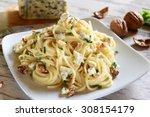 Spaghetti Pasta With Gorgonzola ...