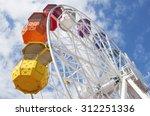 Ferris Wheel En Barcelona ...