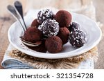 Healthy Chocolate Truffles Wit...