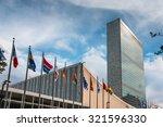 new york  usa   sep 27  2015 ... | Shutterstock . vector #321596330