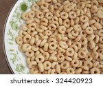 Dry Wholegrain Cheerios In A...