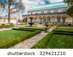 Queen Anne's Summer Palace In...