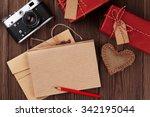 Valentines Day Toy Heart  Retr...