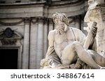 Statue Of Zeus In Fountain ...