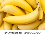 closeup of a bundle of bananas...