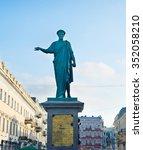 monument of duke de richelieu... | Shutterstock . vector #352058210