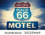 Motel Spirit In Historic 66...