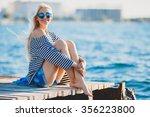 Beautiful Girl In Sea Style...