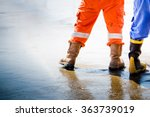 Workmans Boots In Oil And Gas...