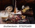 Set Of Non Dairy Milk  Oat Mil...
