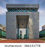 Dubai  Uae  April 4 2013  Duba...