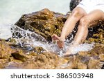 Feet Hit The Water Distributio...