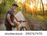 Senior man on his mountain bike ...