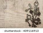 Many Different Keys On Vintage...