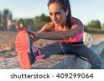 Fitness Model Athlete Girl War...