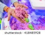 Kid Play Kinetic Sand