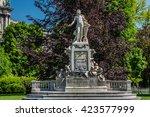 statue of wolfgang amadeus... | Shutterstock . vector #423577999