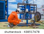 offshore oil and gas industry ... | Shutterstock . vector #438517678