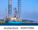 jack up oil drilling rig in the ... | Shutterstock . vector #439075984