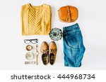 Flat Lay Feminini Clothes And...
