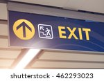 exit word on subway train... | Shutterstock . vector #462293023