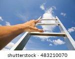 Hand Scrambling A Ladder  Blue...