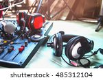 audio equipment for recording... | Shutterstock . vector #485312104