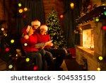 Family Read Christmas Book...