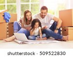 family moving into their new... | Shutterstock . vector #509522830