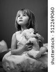 nice portrait of a beautiful... | Shutterstock . vector #512269060