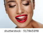 beauty fashion woman face with...   Shutterstock . vector #517865398