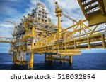 oil and gas platform or... | Shutterstock . vector #518032894