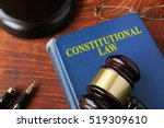 title constitutional law on a